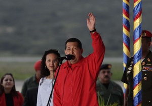 Уго Чавеса обвиняют в нарушении конституции