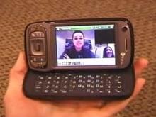 Американцы создали мобильный телефон для глухих
