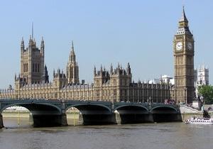 Опрос: британские депутаты слишком много пьют