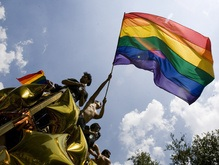 На гей-парад в Берлине вышли около полумиллиона человек
