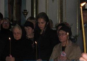 Свекра Тимошенко похоронили под надзором милиции и СБУ. Его сын не приехал