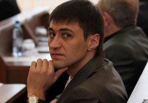 За недостойное поведение: Романа Ландика исключили из фракции Партии регионов
