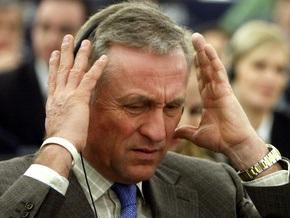 Премьер Чехии уйдет в отставку в четверг