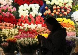 Опрос: С каждым годом уменьшается число россиян, празднующих 8 марта
