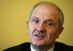Президент Косово подал в отставку
