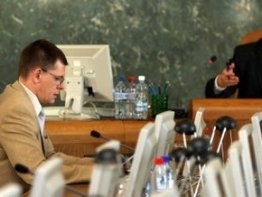 Латвийским министрам урезали зарплаты