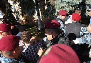Суд признал виновными свободовцев за драку перед лекцией Фарион в Могилянке
