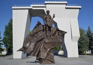 В Харькове появился памятник Высоцкому