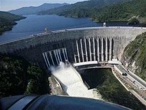 Россия прощается с погибшими в аварии на Саяно-Шушенской ГЭС