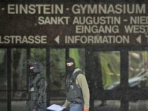 СМИ: Полиция задержала украинку, напавшую на немецкую школу
