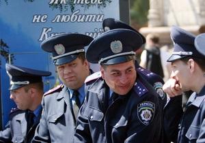 Глава МВД пообещал наказывать милиционеров-хамов