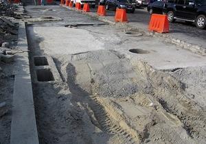 Киев реконструирует дорогу в Гостомель