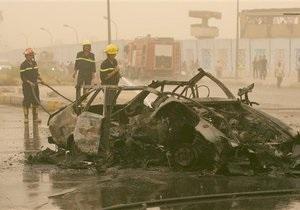 Число жертв атак смертников в Ираке возросло до 30 человек