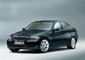 BMW отзывает 240 тысяч автомобилей из-за проблем со стоп-сигналами