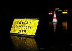 Под Киевом грузовик врезался в два автобуса: есть пострадавшие