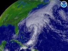 Метеорологи предсказывают пять сильных ураганов в Атлантике