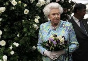 Елизавета II зарегистрировалась на Facebook