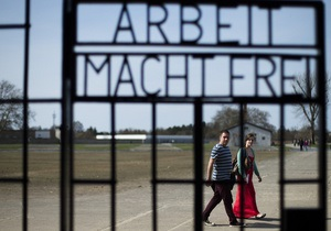 80 лет спустя: Немцы снова спорят о нацизме - Reuters
