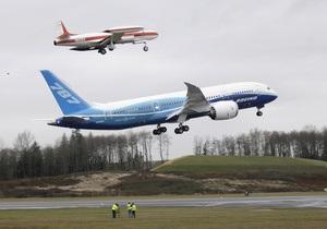 Boeing-787 Dreamliner совершил первый испытательный полет