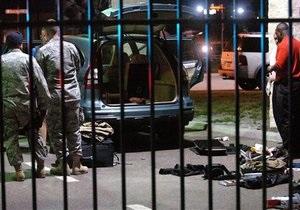 Вооруженные мужчина и женщина попытались проникнуть на военную базу США