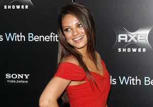 Мила Кунис стала самой сексуальной женщиной по версии журнала FHM