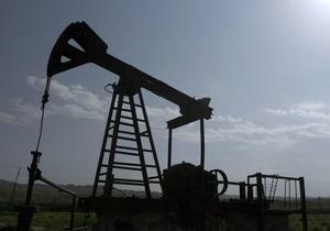 Цены на нефть в США упали ниже 100 долларов за баррель