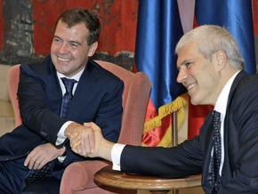 Медведев: Между событиями на Балканах и на Кавказе нельзя проводить параллели