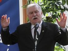 Лех Валенса: Качиньский должен быть немедленно отстранен от власти