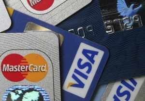 Британец использовал краденые кредитные карты для покупки собственных песен в интернете