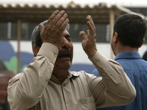 В иракском микроавтобусе взорвалась бомба: погибли четыре человека