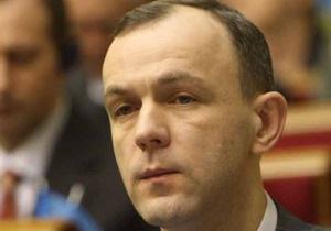 В БЮТ заявили о попытках ПР подкупить депутатов для создания новой коалиции