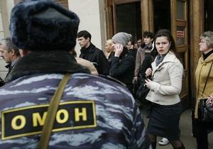 В метро Санкт-Петербурга усилены меры безопасности