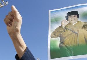 Ливийская армия обстреливает Мисрату
