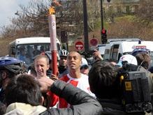 МИД Китая: Олимпийский огонь не был потушен