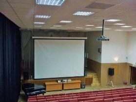 Малые 3D кинотеатры с мощными проекторами Sharp.