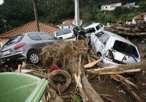 Жертвами наводнения на Мадейре стали уже 42 человека