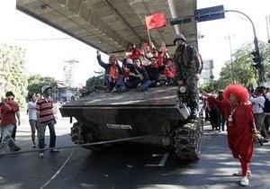 В Таиланде шедшие в ремонт танки вызвали волну слухов о военном перевороте