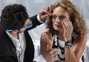 Фотогалерея: В моду со временем. Очки Google Glass дебютировали на New York Fashion Week