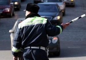 Двум водителям, пытавшимся дать одесским гаишникам взятки, грозят уголовные дела