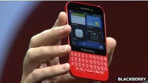 Blackberry идет в атаку на два фронта