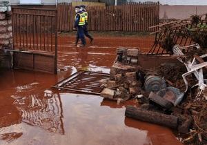 Число жертв разлива токсичных отходов в Венгрии достигло семи человек
