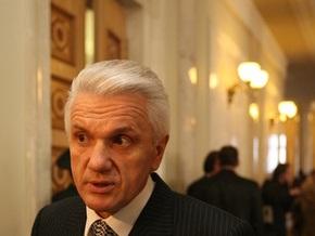 Литвин выступает против отставки Тимошенко и ее правительства