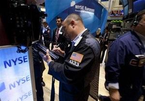Мировые фондовые индексы снизились из-за углубления долгового кризиса