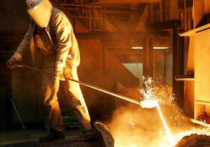 Китай снизил производство стали в октябре до минимума за год