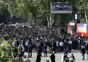 МИД РФ обеспокоен ситуацией в Грузии, где прошли многотысячные акции протеста