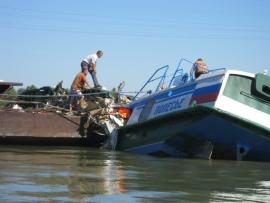 крушение теплохода - Новые данные о крушении теплохода в России: пострадали 49 человек, без вести пропавших нет