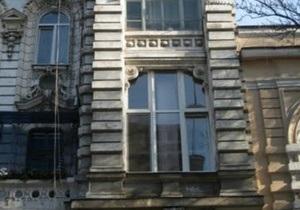 Новости Одессы - пожар Одесса - В Одессе в центре горело историческое здание, два человека погибли