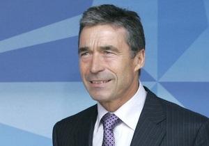 Расмуссен о командовании НАТО в Ливии: Мы обеспечим выполнение резолюции ООН