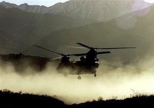 В Афганистане талибы обстреляли вертолет НАТО: двое погибших