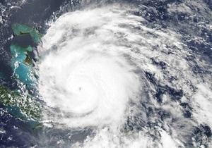 На Багамы обрушился ураган на скорости 200 км/ч